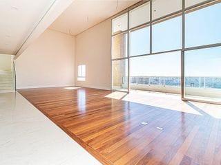 Foto do Apartamento Duplex-Apartamento duplex à venda com 05 dormitórios, 05 banheiros, 655m², amplos cômodos, sensação de amplitude, suíte máster com closet – Campo Belo, São Paulo - SP