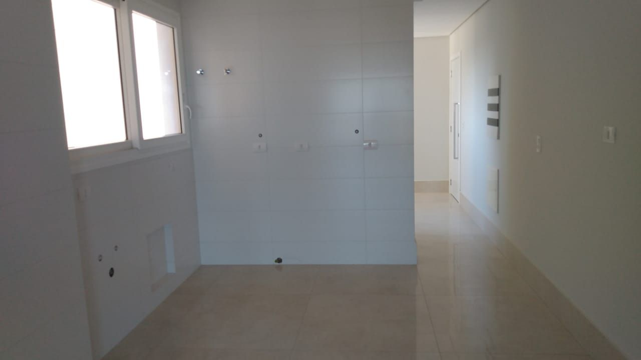https://static.arboimoveis.com.br/AP0006_MAREZE/apartamento-alto-padrao-ed-imperaador1625219766020hwwwy.jpg