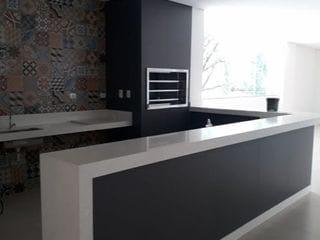 Foto do Apartamento-Lindo apartamento TODO MOBILIADO, Zona 07, em Maringá, 69m² úteis, 1 vaga, 2 quartos, sendo 1 suíte. Ótima localização e fácil acesso!