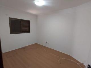 Foto do Apartamento-Golden Park Bauru, Alto Padrão, 110 m², varanda, 3 dormitórios sendo 1 suíte, lindo acabamento, hidromassagem repleto em armários, aceita financiamento.