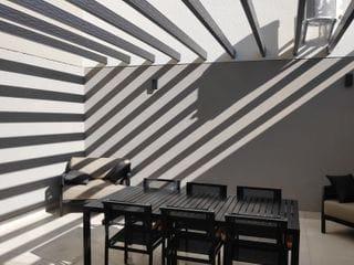 Foto do Apartamento-Alaska, 2 dormitórios, 1 suíte. 71m². Completo em armários, varanda gourmet envidraçada, ar condicionado. 2 vagas. Venda ou locação.