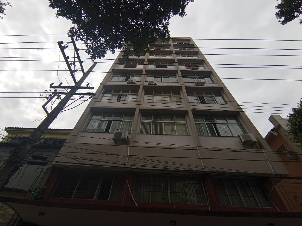 https://static.arboimoveis.com.br/AP0036_ALEXMO/apartamentoavendacentrovitoriaes_1626285046618.jpg