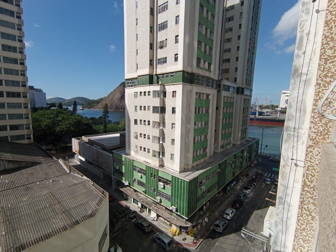 https://static.arboimoveis.com.br/AP0039_ALEXMO/apartamentoavendacentrovitoriaes_1627053046538.jpg