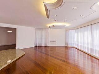 Foto do Apartamento-Localizado no bairro Batel, e próximo a Praça do Japão, 4 dormitórios, sendo 2 suítes, 3 vagas de garagem, a venda, em Curitiba, Paraná.