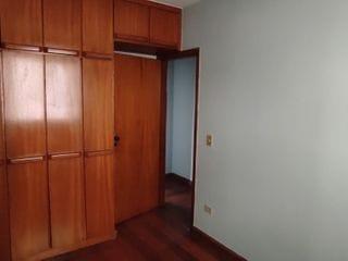 Foto do Apartamento-Apartamento no Edifício Residencial Vale das Andorinhas com 2 quartos perto da AV Dez de Dezembro, para vendas, Jardim Vilas Boas, Londrina, PR.