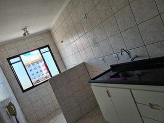 Foto do Apartamento-Apartamento à venda no Andorinhas, 2 quartos, ventiladores de teto, vaga de garagem coberta no Parque Viaduto, Bauru, SP
