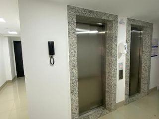 Foto do Apartamento-Apartamento à venda, Zona 07, Maringá, 42m², 2 dormitórios. Andar alto, com excelente vista!