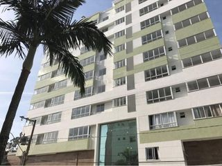 Foto do Apartamento-Apartamento Para Locação em Camboriú  - 02 Suítes - Sala de estar - Sala de jantar - Cozinha - Sacada fechada com churrasqueira a carvão - Lavabo - Rebaixado em