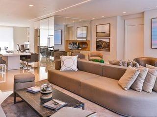 Foto do Apartamento-Balneário Camboriú, SC. Apartamento em condomínio clube de altíssimo padrão com vista mar com arquitetura da Pininfarina.