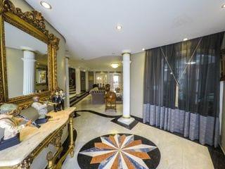 Foto do Casa-Casa de alto padrão à venda, 5 suítes e 735m² de área total - Vila Isabel, Curitiba.