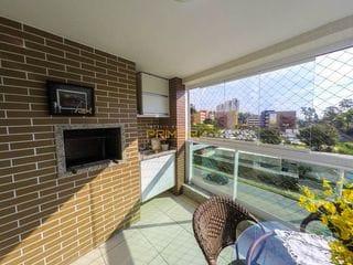 Foto do Apartamento-Apartamento no Poeme Ecoville, 3 suítes, face norte oeste, semi mobiliado, ampla sacada com churrasqueira. Empreendimento com a qualidade Plaenge.