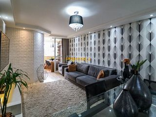 Foto do Apartamento-Apartamento mobiliado à venda no Edifício Valência, 2 quartos (1 suíte) no bairro Alto da Rua XV em Curitiba, PR
