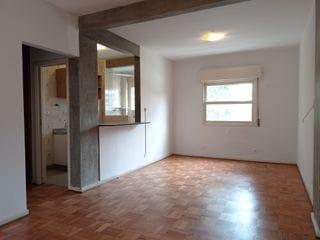 Foto do Apartamento-Apartamento studio reformado, amplo, para aluguel ao lado da Av Sumaré, PUC e Sedes Sapientiae em Perdizes, ótima localização, pronto para mudar