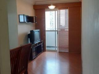 Foto do Apartamento-Móveis, como: Geladeira, fogão, máquina de lavar, exaustor, mesa com 4 cadeiras, rack, cama box de casal, cortina, luminárias em todos os cômodos.  Mais informa