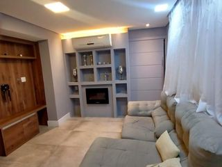 Foto do Apartamento-Dormitório1 ar condicionado Guarda roupa todo espelhado Dormitório2 Guarda roupa Escrivaninha Beliche tripla Banheiro Água quente no lavabo Ducha higiênica Sala