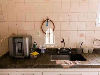 Foto do Apartamento-Apartamento com 2 dormitórios,1 banheiro e sala de estar.