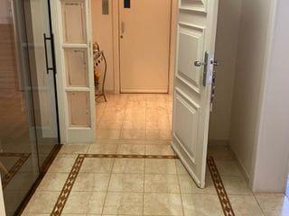 Foto do Apartamento-Apartamento à venda, no Centro de  Londrina, PR, atrás da av Higienópolis, 5 banheiros, 3 suites, 4 dormitórios, ampla sacada , 1 por andar, semi mobiliado.