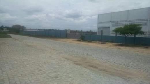 https://static.arboimoveis.com.br/AR0009_CG/area-industrial-para-locacao-em-feira-de-santana-ba-no-bairro-centro-industrial-subae1630958959439tdfus.jpg