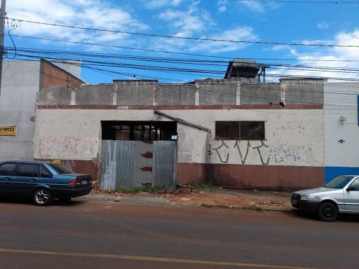 https://static.arboimoveis.com.br/BA0002_MAREZE/barracao-a-venda-m-terreno-de-m-por-r-barra-funda-apucaranapr1625219814902betrq.jpg