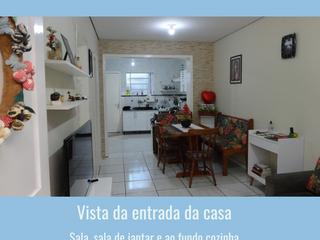Foto do Casa-Casa de fino acabamento, para quem deseja paz e tranquilidade com uma casa que é só entrar e aproveitar, localizada  em um local privilegiado