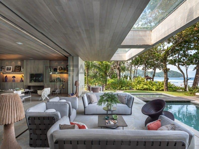 https://static.arboimoveis.com.br/CA0006_FANHAN/vendo-casa-na-praia-da-baleia-pe-na-areia-estudio-arthur-casas-area-total-m-area-do-terreno-m-suites-vagas-um-dos-pontos1624517650455yryfw.jpg