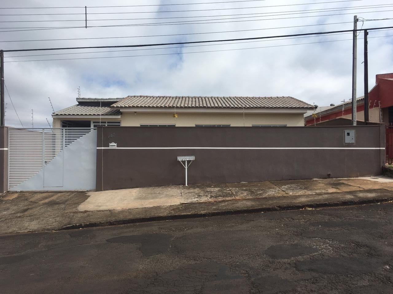 https://static.arboimoveis.com.br/CA0008_MAREZE/casa-com-dormitorios-a-venda-m-terreno-sendo-m-de-construcao-por-r-jardim-cidade-alta-apucaranapr1625219776561bgtoh.jpg