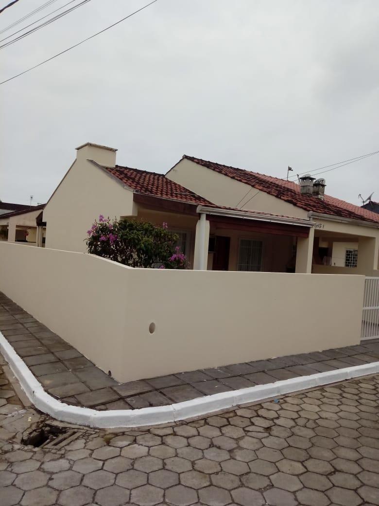 https://static.arboimoveis.com.br/CA0009_BLUIM/casa-a-venda-cohapar-guaratuba1626123223717dkimu.jpg
