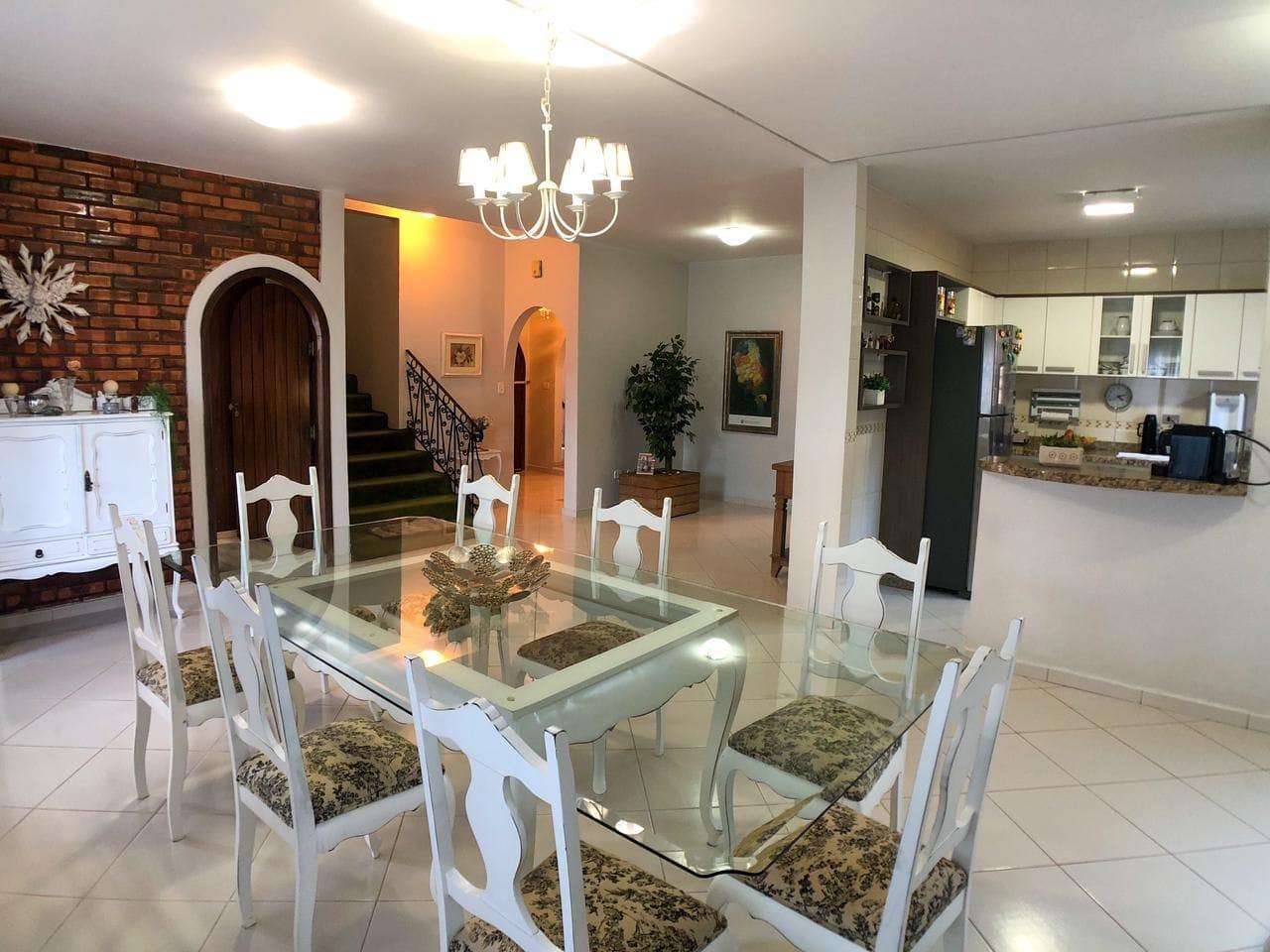 https://static.arboimoveis.com.br/CA0012_MAREZE/casa-com-dormitorios-a-venda-m-de-construcao-por-r-vila-vera-cruz-apucaranapr1625219781298qwchi.jpg