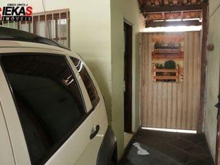 Foto do Casa-Casa à venda, na Vila Santa Teresa com 02 dormitórios e uma vaga de garagem. Venha conferir!!