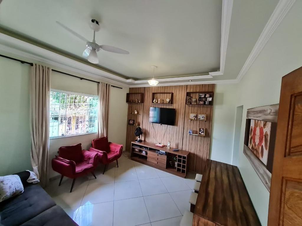 https://static.arboimoveis.com.br/CA0020_DISTRL/excelente-casa-em-lote-de-metros-no-coracao-do-sao-joao-batista1623256239893tccpq.jpg