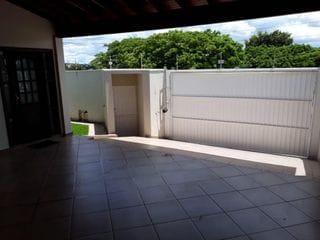 Foto do Casa-Linda Casa Jardim Aeroporto 3 dormitórios sendo 1 suíte