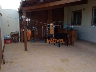 Foto do Casa-Casa de 3 quartos sendo 1 suíte com área gourmet na frente  próximo da havan e Shoppi ng Conquista Sul