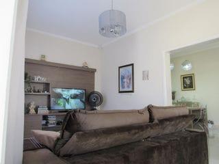 Foto do Casa-Casa com 3 dorms, Jardim das Laranjeiras, Bragança Paulista - R$800 mil, Cod: 402. Agende sua visita com a Dennes Imóveis.