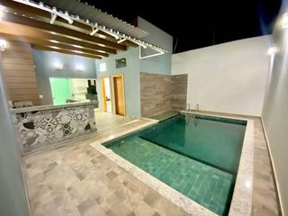 Foto do Casa-Casa térrea, Jd. das Estações, 306,25m² de terreno, 215,45m² de construção, 1 suíte mais 2 dormitórios. Piscina aquecida integrada com área gourmet!