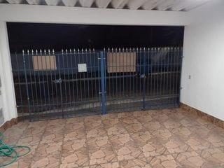 Foto do Casa-Casa à venda , com três dormitórios , três banheiros , sala bem ampla , cozinha , vaga de garagem  para dois carros no  Vila Cruzeiro, São Paulo, SP