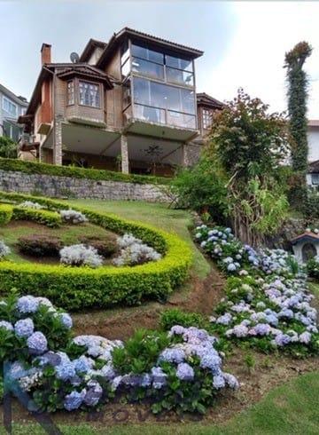 https://static.arboimoveis.com.br/CA0060_LOU/linda-casa-duplex-a-venda-em-condominio-fechado-quartos-e-clube-completo-em-teresopolis-rj1628492341377njdnt.jpg