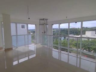 Foto do Casa-Casa com 4 quartos sendo 4 suítes à venda, 430m² de área útil, R$ 2.890.000,00 em Alphaville, Santana de Parnaíba, SP