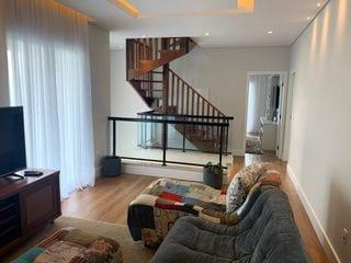 Foto do Casa-Casa com 6 dormitórios, Condomínio Vale das Águas- R$ 2.599.999,99. Agende sua visita com a Dennes Imóveis.