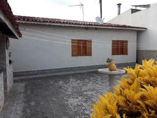 Foto do Casa-Vende-se casa com 3 dormitórios, sendo 1 suíte com armários - Bairro Santa Luzia - Bragança Paulista - SP / R$ 650.000,00