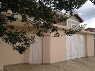 Foto do Casa-Lindo sobrado no charmoso bairro Jardim Primavera com piscina, área gourmet,  em Bragança Paulista, SP