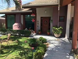 Foto do Casa-Casa à venda, Jardim Europa, Bragança Paulista, SP. Imóvel térreo, de primeira qualidade, em excelente localidade.
