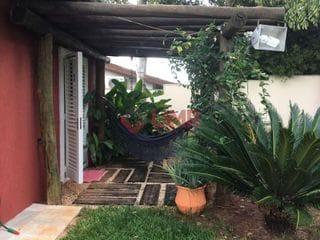 Foto do Casa-Excelente residência com 5 amplos dormitórios sendo 3 suítes