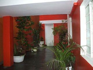 Foto do Casa-Parte 2 fundos 10 salas 04 banheiros 01 cozinha grande área aberta. Parte dos fundos dividida em 3 partes.  Cada Parte será locado por R$ 11.500,00. IPTU R 1.32
