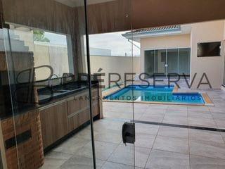 Foto do Casa-Belíssima residência com 03 suítes, sendo 01 com closet à venda no Residencial Villaggio II, Vila Aviação, Bauru - SP.