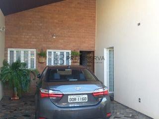 Foto do Casa-Linda casa à venda, com 4 quartos sendo 2 suítes, espaço gourmet com churrasqueiro no Jardim Terra Branca, Bauru, SP