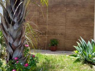 Foto do Casa-Excelente casa com 3 quartos sendo 1 suíte, 1 wc social, 1 lavabo e quintal amplo à venda no Residencial Vale Florido, Piratininga, SP.