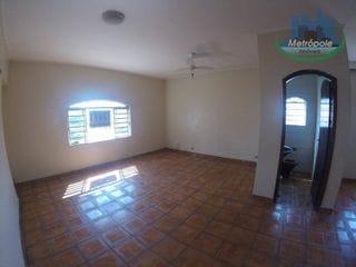 Foto do Casa-Casa com 1 dormitório para alugar, 90 m² por R$ 1.400/mês - Jardim Cocaia - Guarulhos/SP