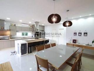 Foto do Casa-Majestosa residência com 3 dormitórios suítes, sala de cinema à venda, Jardim Shangri-Lá, Residencial Villa Dumont, Bauru/SP.
