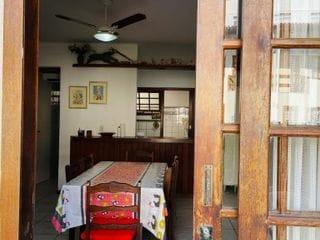 Foto do Casa-Ampla casa de condomínio a 100m da Praia da Peracanga, com 5 qts, sendo 1 suite, 4 banheiros, sala, cozinha americana, 3 vagas