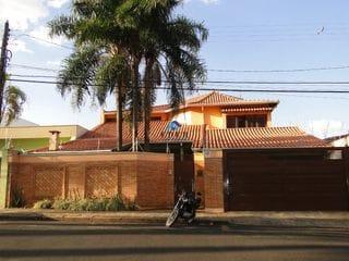 Foto do Sobrado-Sobrado à venda, Vila Ferroviária, Araraquara.